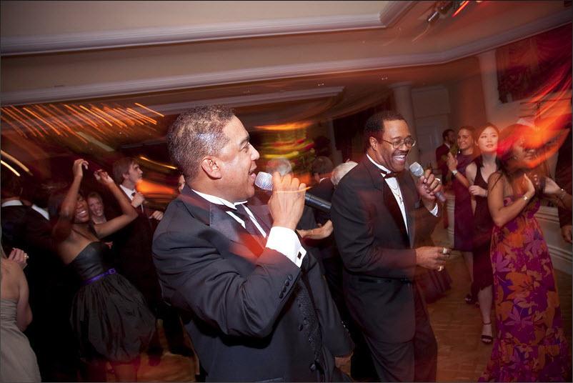 Singers on the Dance Floor 802X536